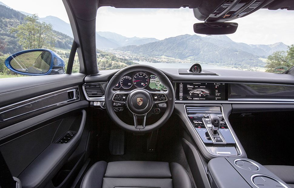 Porsche Panamera Turbo Cockpit
