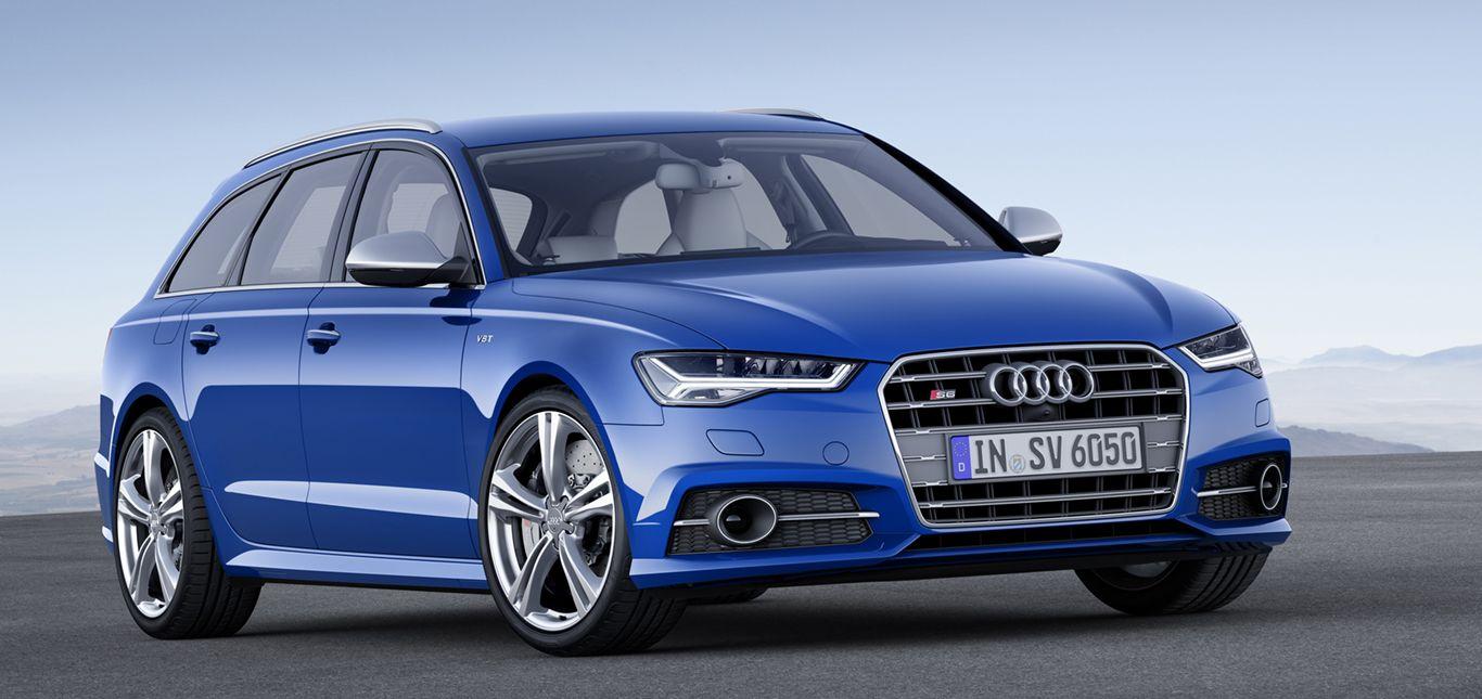 Blauer Audi S6 Avant stehend schräg rechts vorne