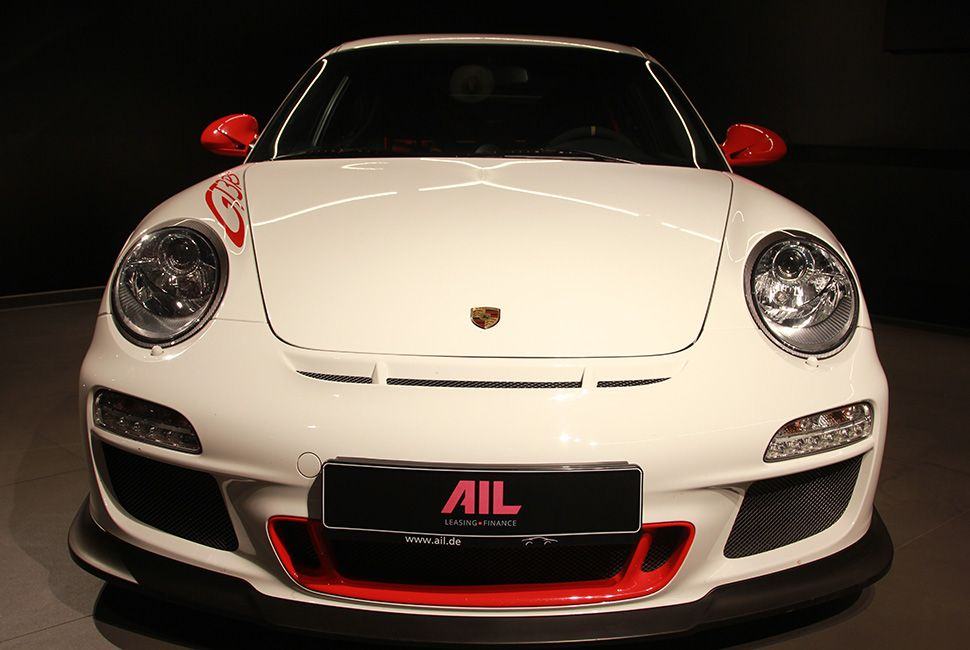 Porsche 911 997 GT3 RS carreraweiß-rot Frontalansicht