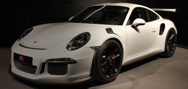 Artikelbild BeschreibungSchwarz-Weiß ist die Moderne: Porsche 911 GT3 RS6306