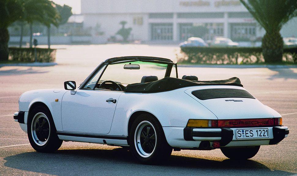Weißes Porsche 911 SC Cabriolet G-Modell