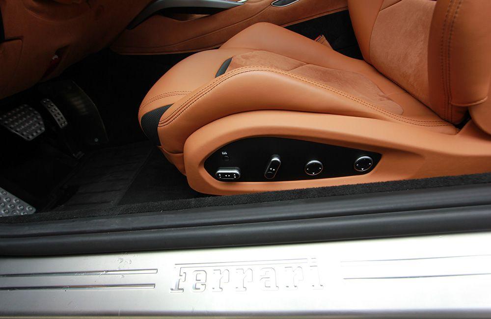 Sitz Ferrari GTC4Lusso