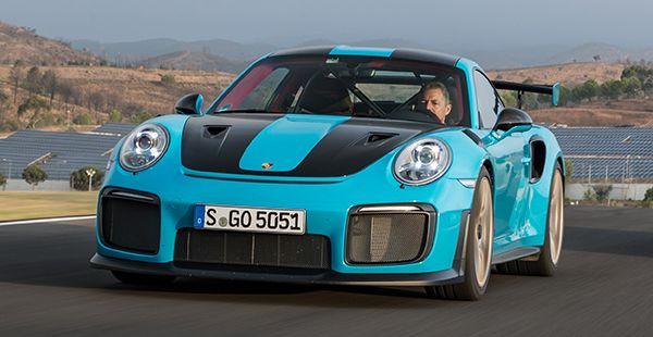 Porsche 911 GT2 RS blau Front