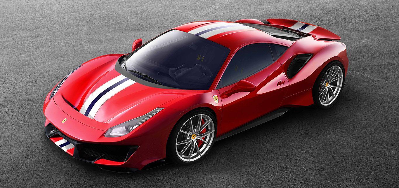 Ferrari 488 pista schräg links vorne oben