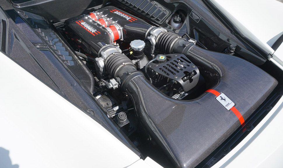 Motor des Ferrari 458 Speciale