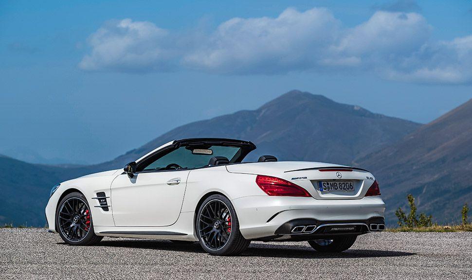 Mercedes SL 63 weiß schräg links hinten offenes Verdeck