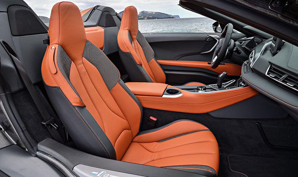 BMW i8 Roadster Innenraum