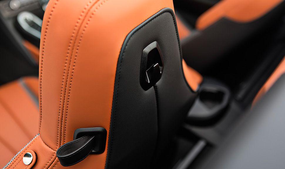 BMW i8 Roadster Detailaufnahme Rückseite Sitze