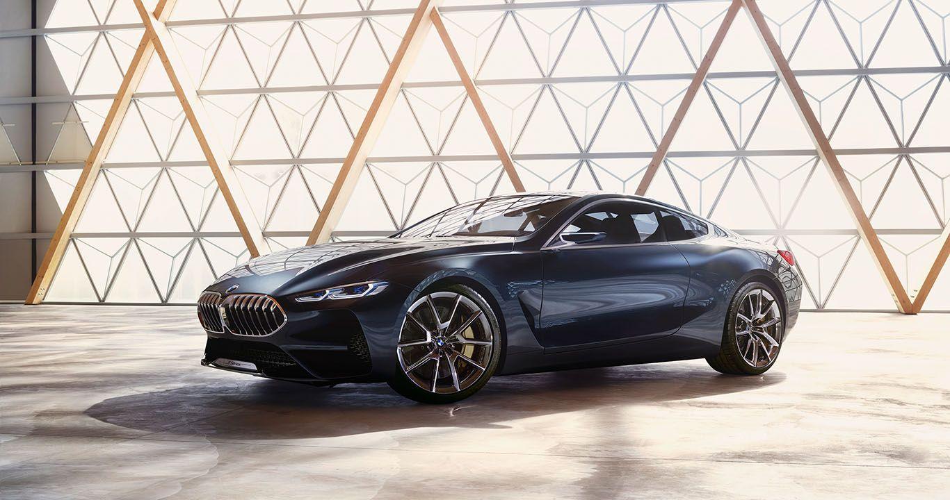 Studie BMW 8er vor Dreiecksformenfenster