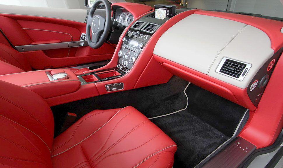 Aston Martin DB9 Volante Innenraum rotes Leder