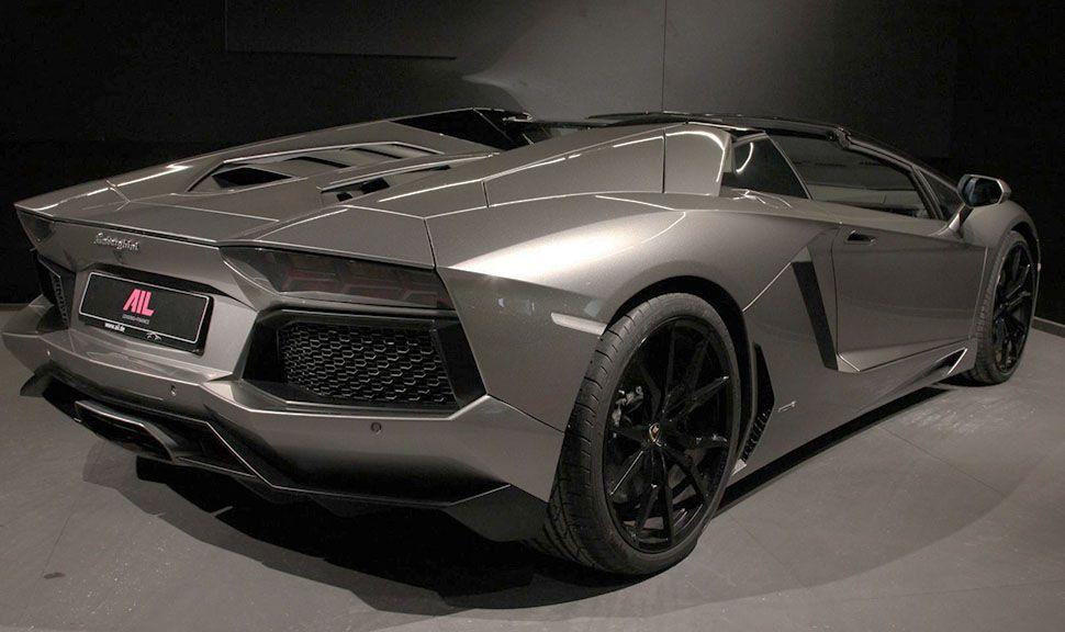Lamborghini Aventador LP700-4 Roadster Silber schräg rechts hinten