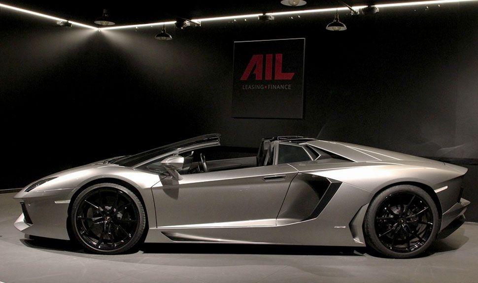 Lamborghini Aventador LP700-4 Roadster Seitenansicht