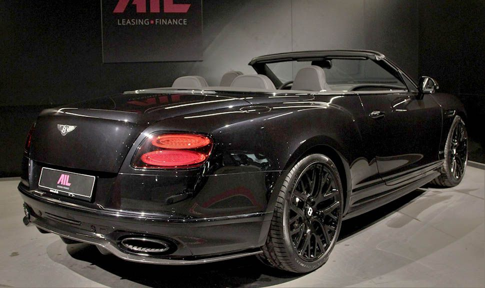 Bentley Continental Supersports Convertible Schwarz rechts schräg hinten