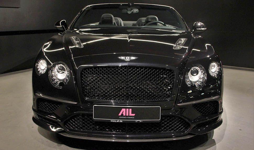 Bentley Continental Supersports Convertible Schwarz Frontal