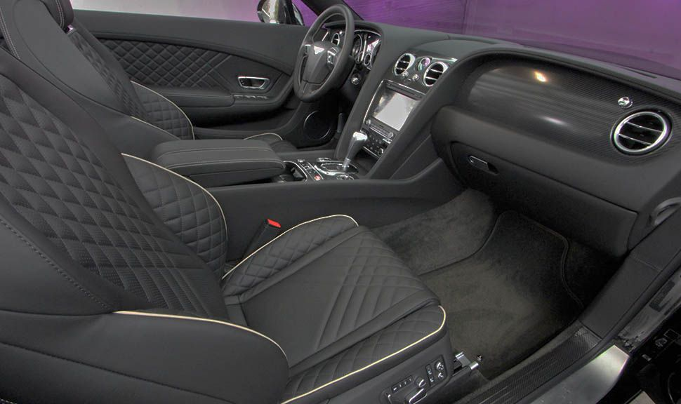 Bentley Continental Supersports Convertible Innenraum Schwarz