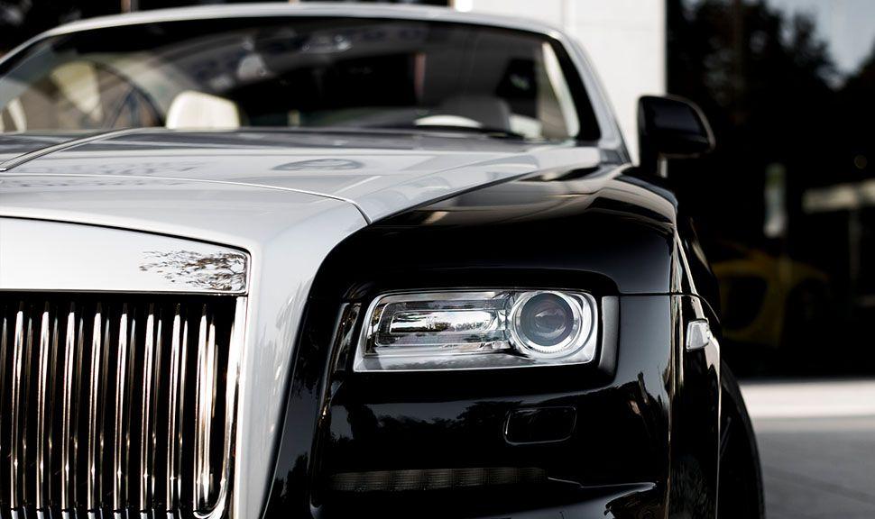 Linker Scheinwerfer des Rolls Royce Wraith ARES Design