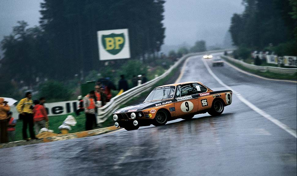 BMW ALPINA 2800 CS auf Rennstrecke