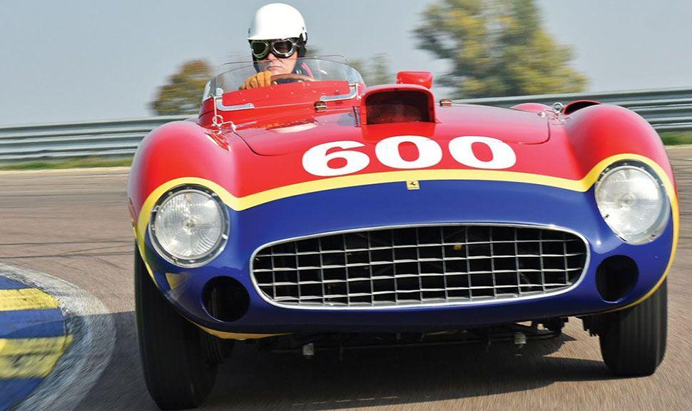 1956 Ferrari 290 MM by Scaglietti auf der Rennstrecke