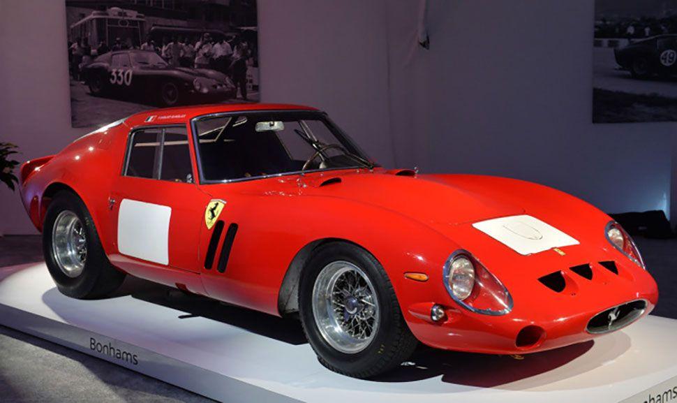 Ferrari 250 GTO in der Seitenansicht