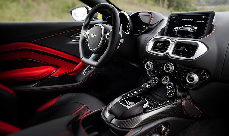 Innenraum des Aston Martin Vantage