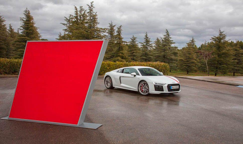 Audi R8 RWS stehend
