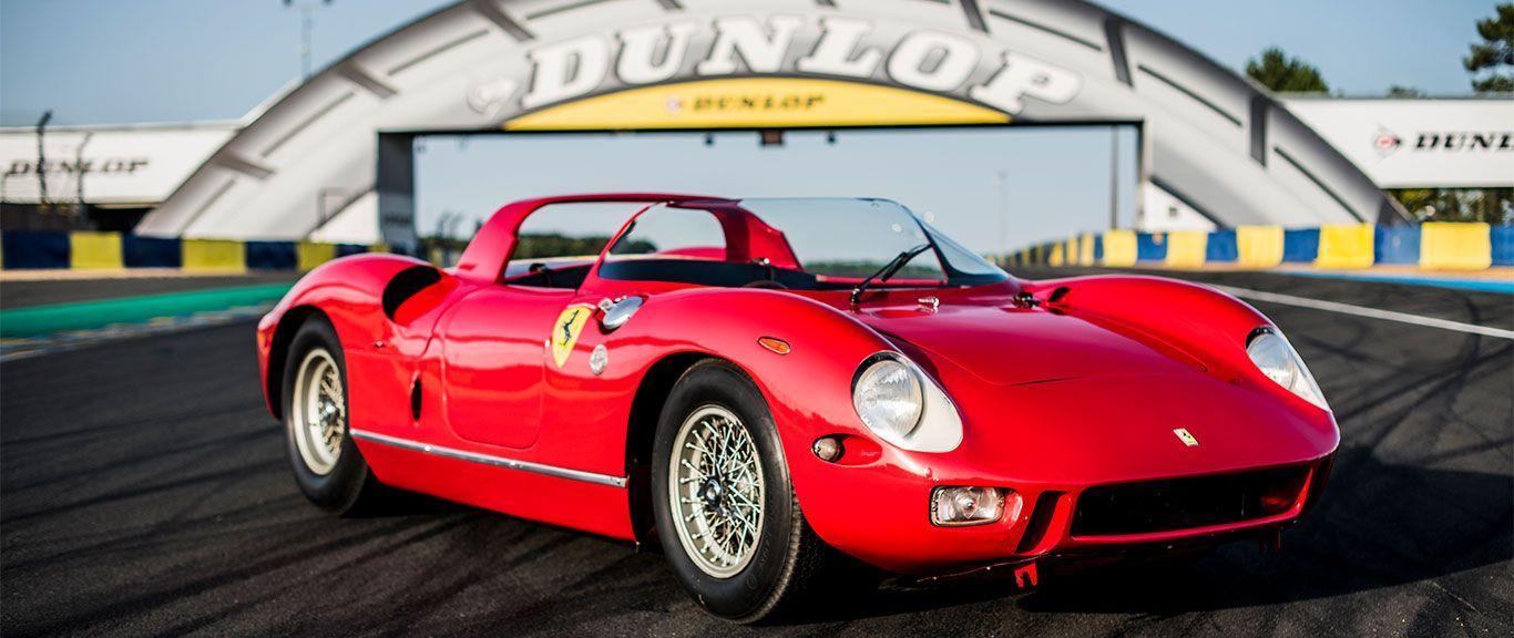 Der Ferrari 275 P auf der Rennstrecke