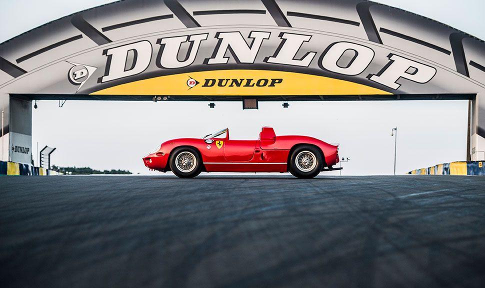 Seitenansicht des Ferrari 275 P