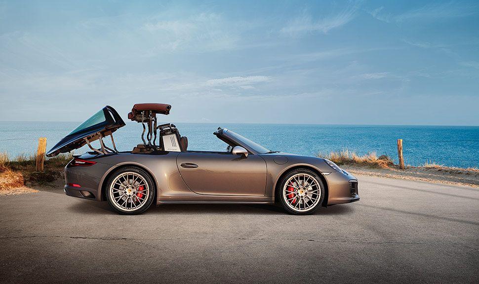 Porsche 911 Targa 4 GTS Exclusive Manufaktur Edition Seitenansicht recht, sich öffnendes Verdeck