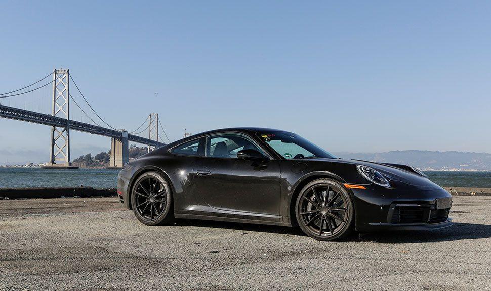 Der neue Porsche 911 (992) in der Seitenansicht