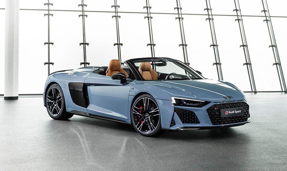 Audi R8 Spyder Graublau schräg rechts vorne