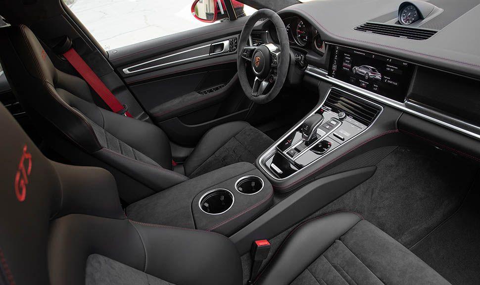 Porsche Panamera GTS Innenraum