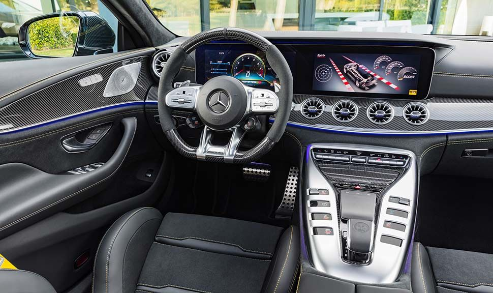 Mercedes AMG GT 63 S 4MATIC+ 4-Türer Coupé Cockpit
