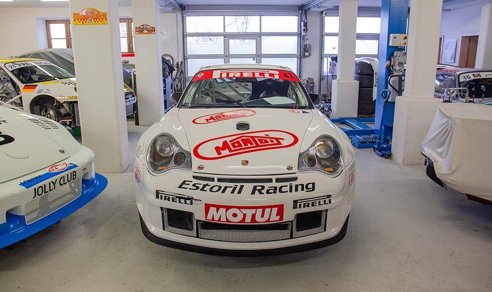 Frontalaufnahme Porsche 996 GT3 RSR