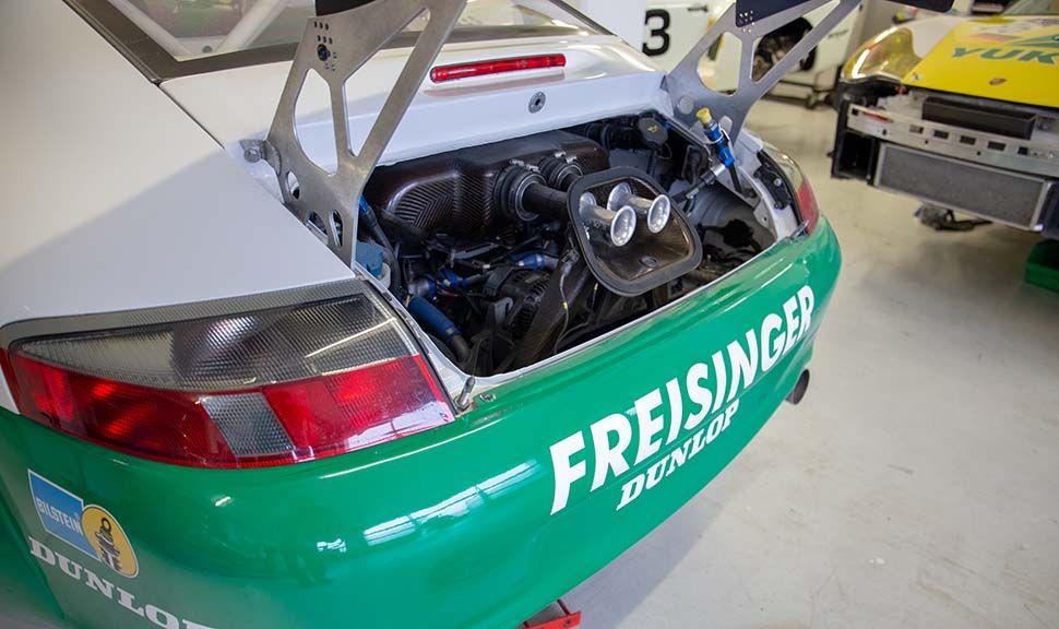 Porsche 996 GT3 RSR Detailaufnahme Motorraum