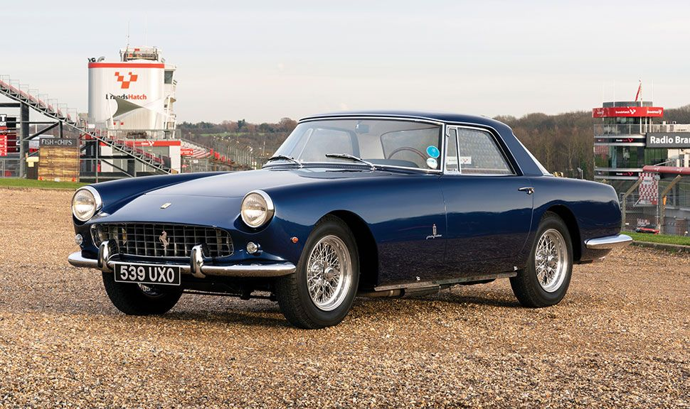 Ferrari 250 GT Front und Seitenansicht