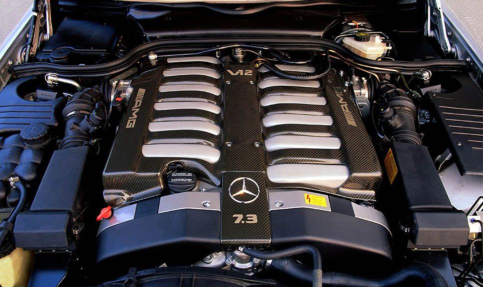 Mercedes-Benz 12-Zylindermotor des R129