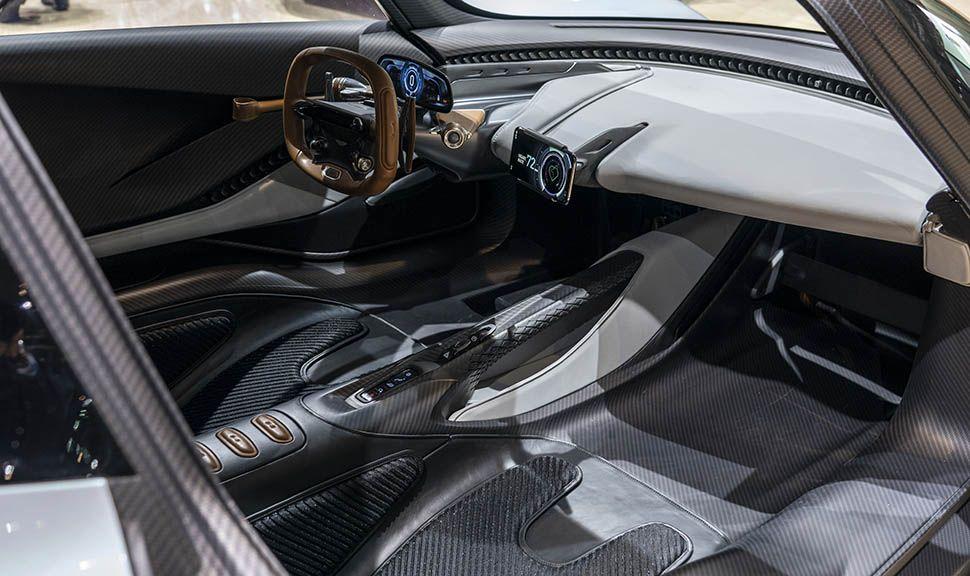 Aston Martin AM-RB 003 Innenraum