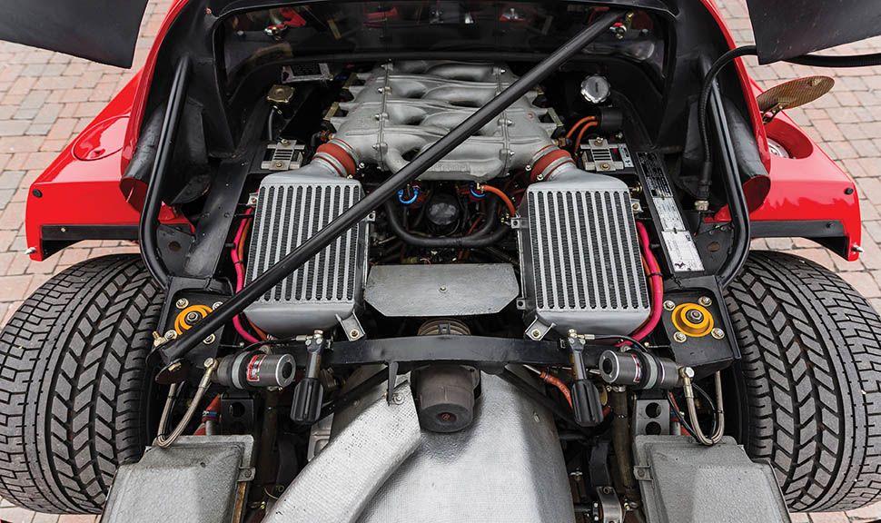 Ferrari F40 Motorraum