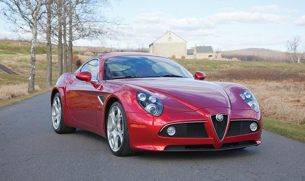 Alfa Romeo 8C Competizione schräg rechts vorne