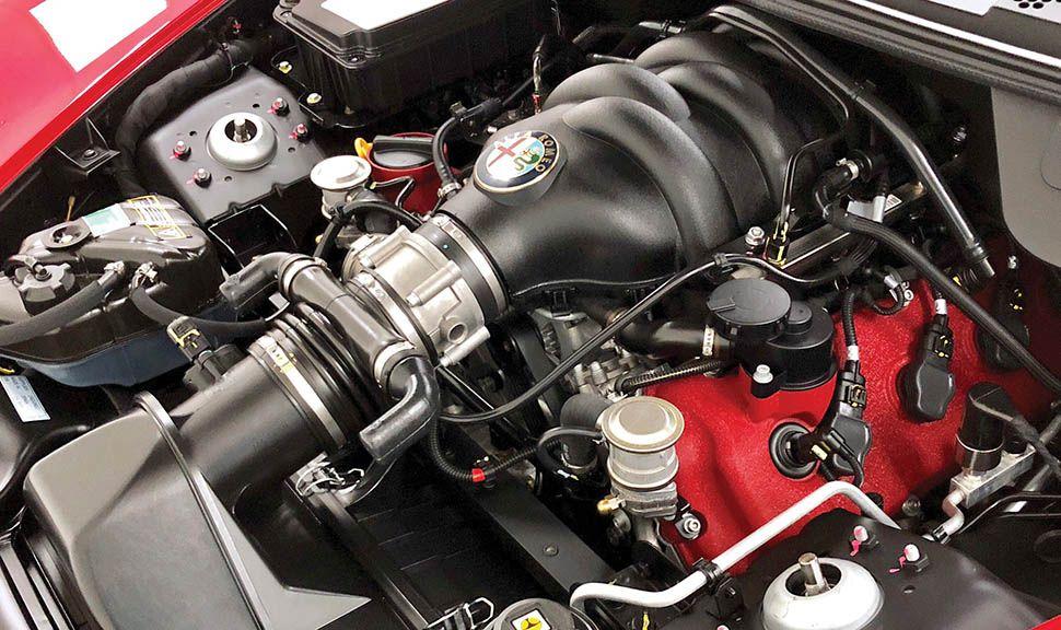 Alfa Romeo 8C Competizione Motor