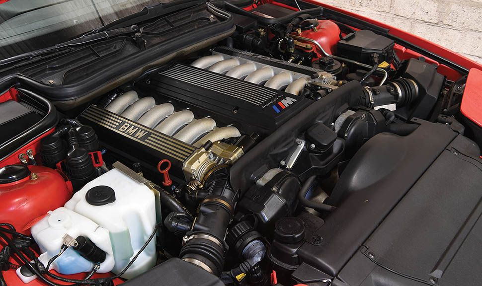 BMW 850 CSi Motor