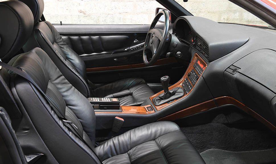 BMW 850 CSi Innenraum