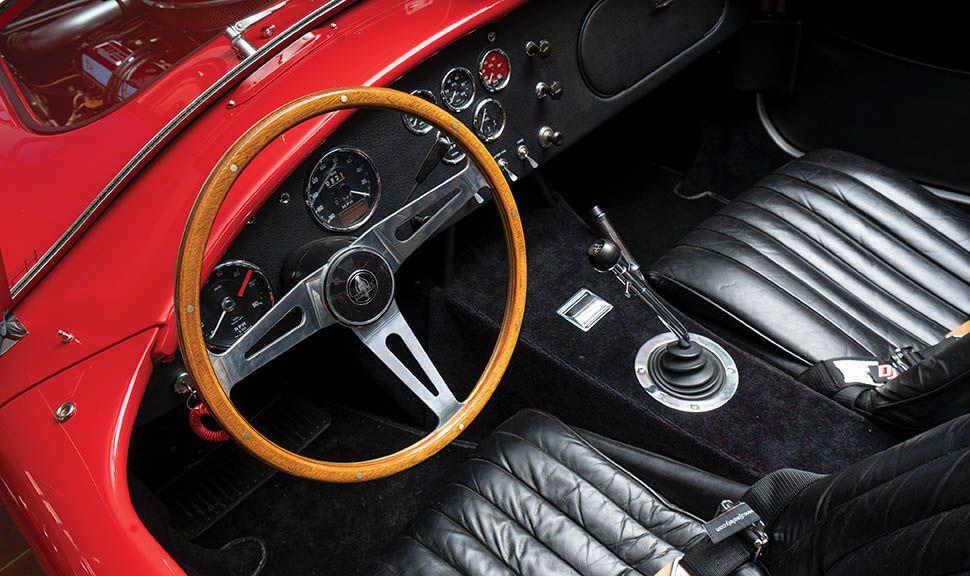 Shelby Cobra Innenraum