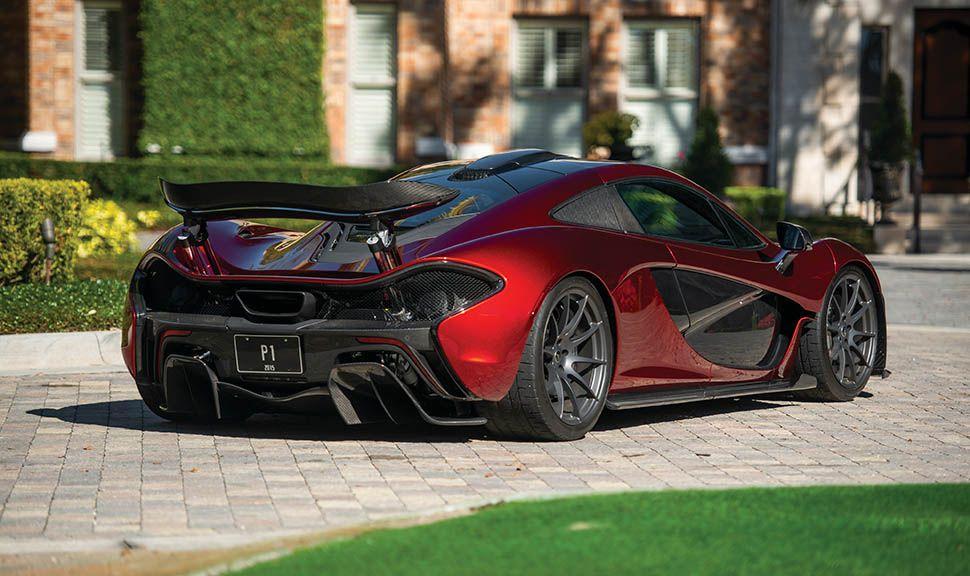 McLaren P1 schräg rechts hinten