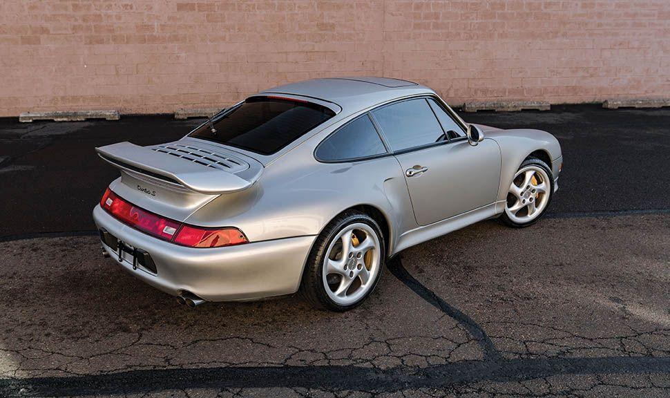 Porsche 911 (993) Turbo S schräg rechts hinten