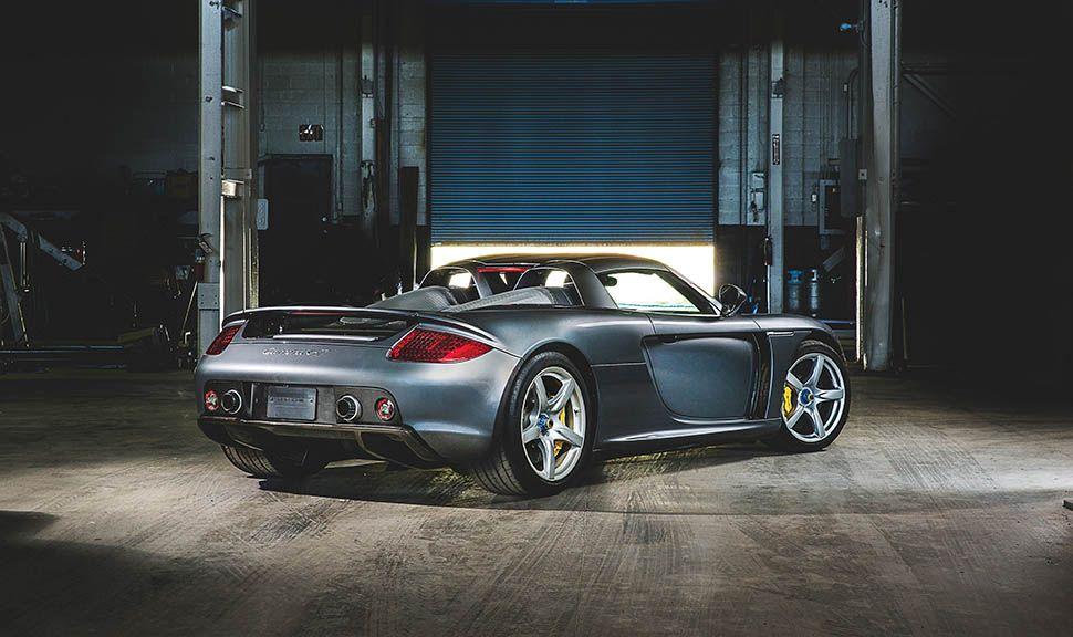 Porsche Carrera GT schräg rechts hinten