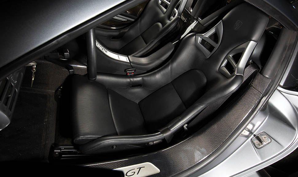 Porsche Carrera GT Innenraum