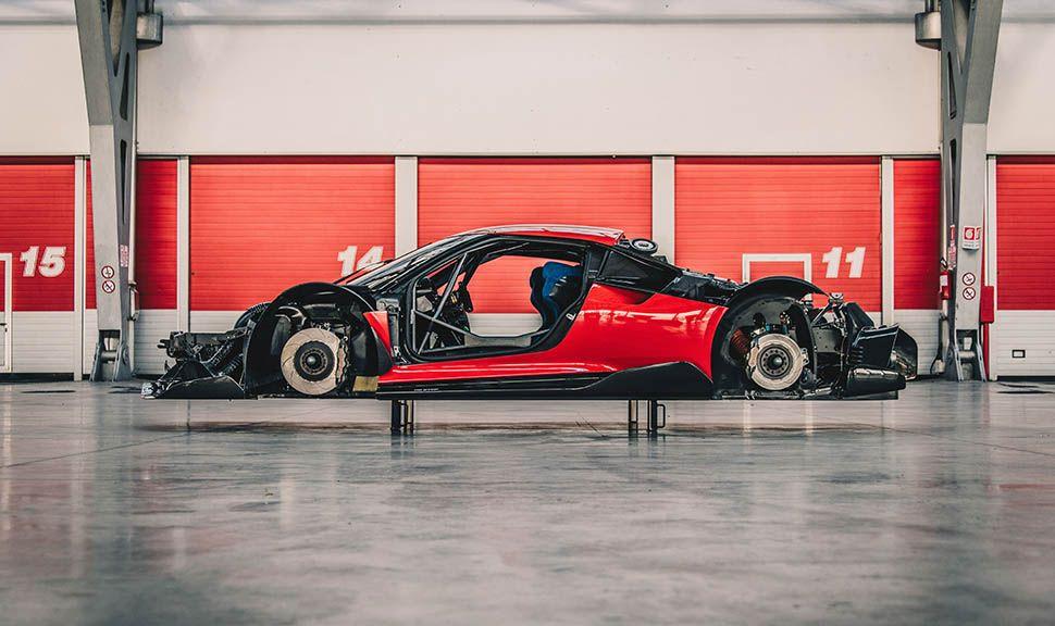 Ferrari P80/C ohne Verkleidung und Räder