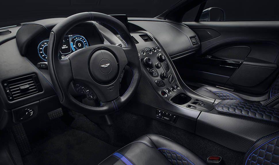 Cockpit des Aston Martin Rapide E
