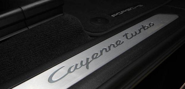 Carbild BeschreibungPorsche Cayenne Turbo7819